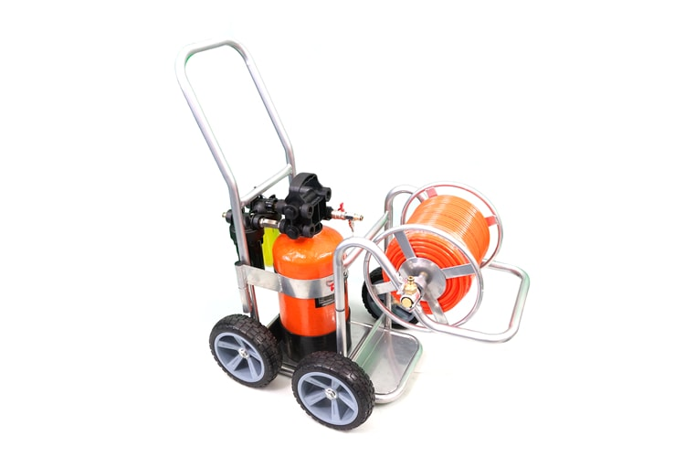 Multi-Cart Trolley complete with DI system and hose